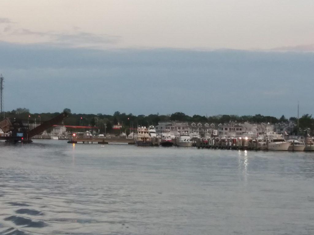 Leaving Hoffman's Marina