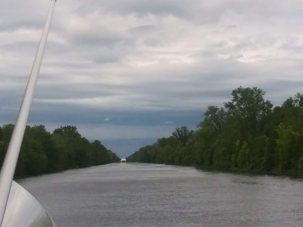 Cruising down the Erie Canal
